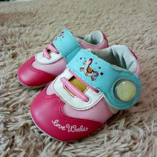 愛的世界學步鞋
