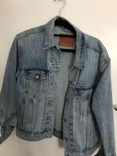 Levi's oversized denim jacket size s -m