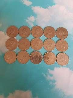 75年至92年15個女皇像兩圓十五個