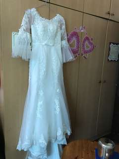 Lace Wedding gown for sale white long sleeve