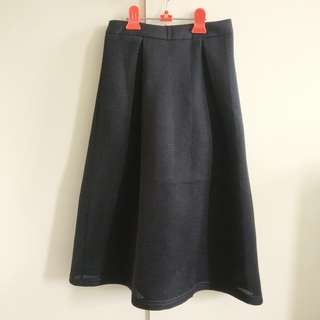Black Midi Skirt | Size 6 | Luck and Trouble
