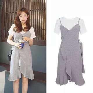 2 Piece Checkered Sleeveless Dress&White T-shirt