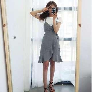 2 Pieces Checkered Sleeveless Dress & White T-Shirt