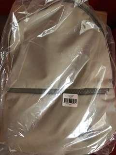 Crumpled proud stash backpack (stone color) bnib