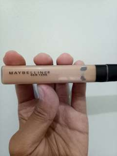 Fit Me Concealer MAYBELLINE