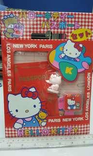 Hello kitty New York travel set