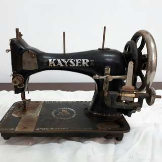 KAYSER Antique Sewing Machine