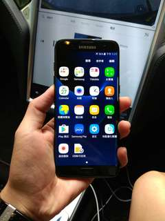 Samsung galaxy S7 edge black color