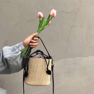 🚚 韓系 夏季渡假風藤編水桶迷你包側背包斜背包肩背包 預購