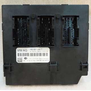 ORIGINAL USED VOLKSWAGEN NEW GOLF 2010 EXTERIOR DOOR HANDLE FRONT RIGHT 5N0837885H #1139