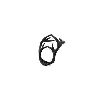 Rogue and Wolf Conqueror Antler Ring