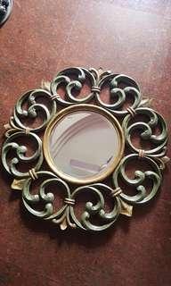Round Wood Vintage Mirror