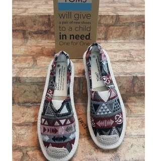 BUY 1 GET 1 TOMS REPLICA SHOES FOR WOMEN (PREORDER/ NO TO COD)
