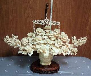 Ivory Flowers Basket (象牙)