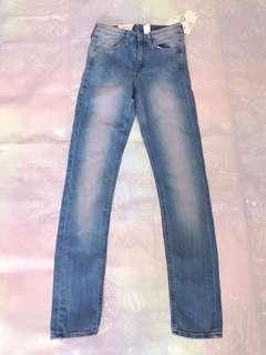 🚚 H&M SKINNY 牛仔長褲 26腰