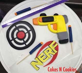 Edible fondant Nerf Gun target toppers