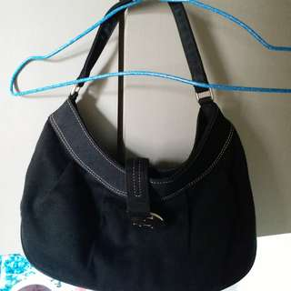 Agnes Bag 80%new..good condition