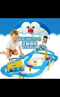 Doraemon train track set