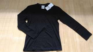 Calvin Klein 男 舒適柔軟莫代爾 黑色長袖圓領內衣 長袖 上衣