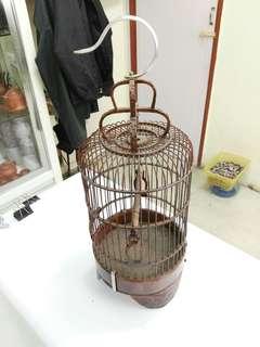 Sangkar Burung, Birdcage