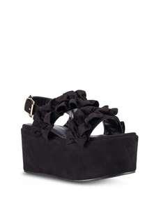 Ruffles straps platform shoes