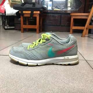 🚚 Nike 繽紛慢跑運動鞋 ✅