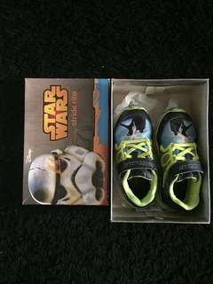 Stride rite Star Wars Shoes size 10.5uk