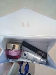 Estee Lauder Beauty Package