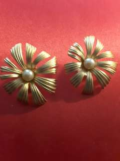 Retro Big Clip Earrings