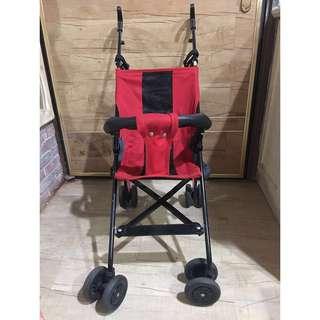 嬰幼兒折疊推車 煞車安全鎖