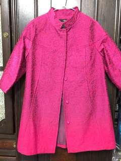 🚚 設計師品牌 莎蕾S&R喜氣桃紅色金蔥大衣外套(11號)