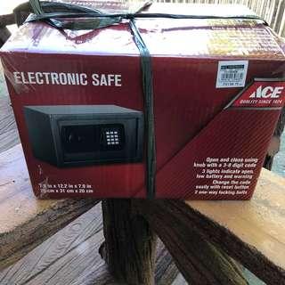 Ace Safety Deposit box