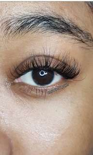 Classic eyelash extensions set