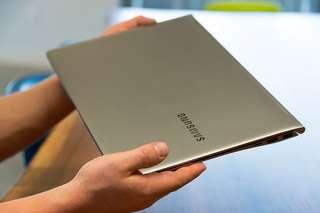 Samsung ATIV Book 9 NP900X5L-K01 15″ Ultrabook – i7 6500U   8G   256G SSD 95% NEW