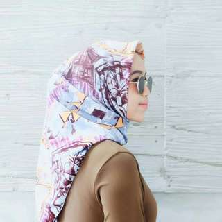 Hijab segiempat motif