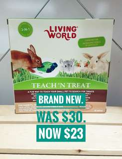 (Brand New) LIVING WORLD TEACH N TREAT TOY