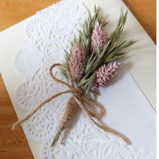 Handmade Dried Flowers Bouquet Card/ Decoration