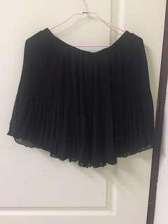 黑短裙 內還有多一層唷