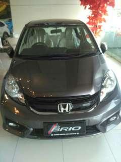 Honda Brio E M/T. Dp mulai 10 jutaan