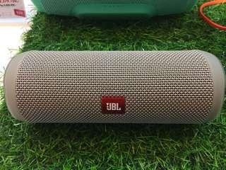 Jbl flip 4 speaker Resmi(Kredit)