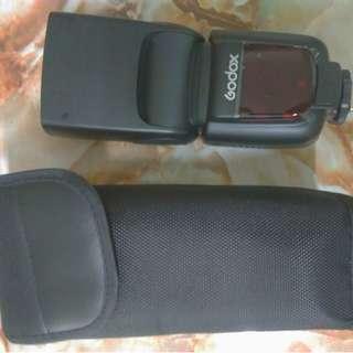 Godox Thinklite TT600 universal HSS flash speedlight speedlite with built in transsmitter and receiver for Canon Nikon Sony Pentax Fujifilm Olympus Panasonic Leica Godox X1T-C