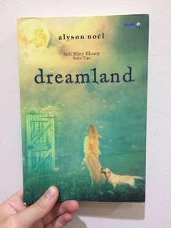 dreamland by Alyson Noel