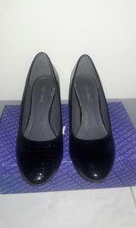 Women's Shoes (37)
