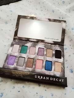 URBAN DECAY shadow Box Eyeshadow Palette