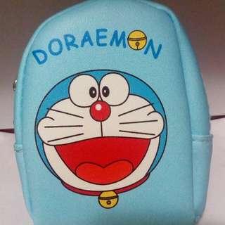 哆啦A夢小背包造型零錢包