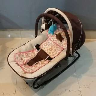 Smart Angel baby bouncer rocking chair