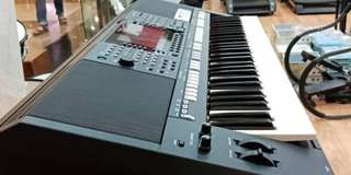 Keyboard Yamaha PSR S775 ( Kredit )