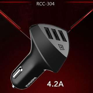Remax Aliens RC-C304 4.2A In Car Charger_3 USB Port
