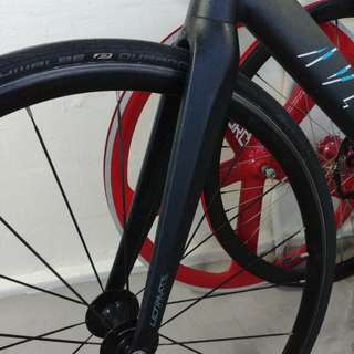aventon carbon fork without bearing