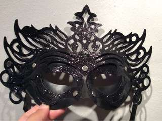 Black Mask (REPRICED- P50.00!!!!!!)